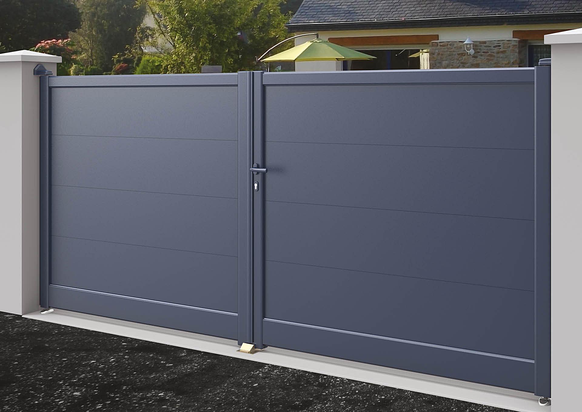 Portail aluminium battant Lames horizontales 200 mm
