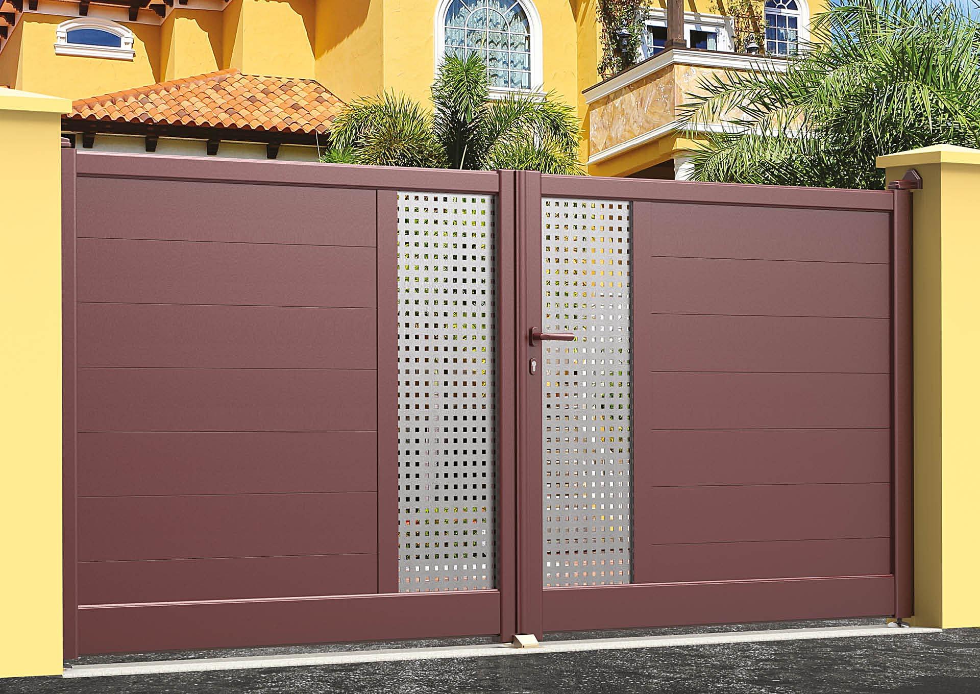 Portail battant en aluminium 9031_B_P2SI Lames horizontales 200mm + décor style inox