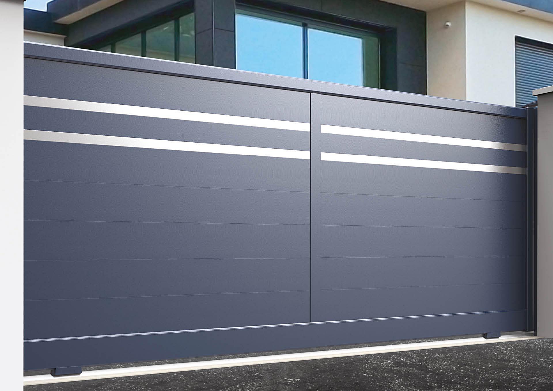 Portail coulissant aluminium Lames horizontales 200 mm + 2 liserés inox 50 mm