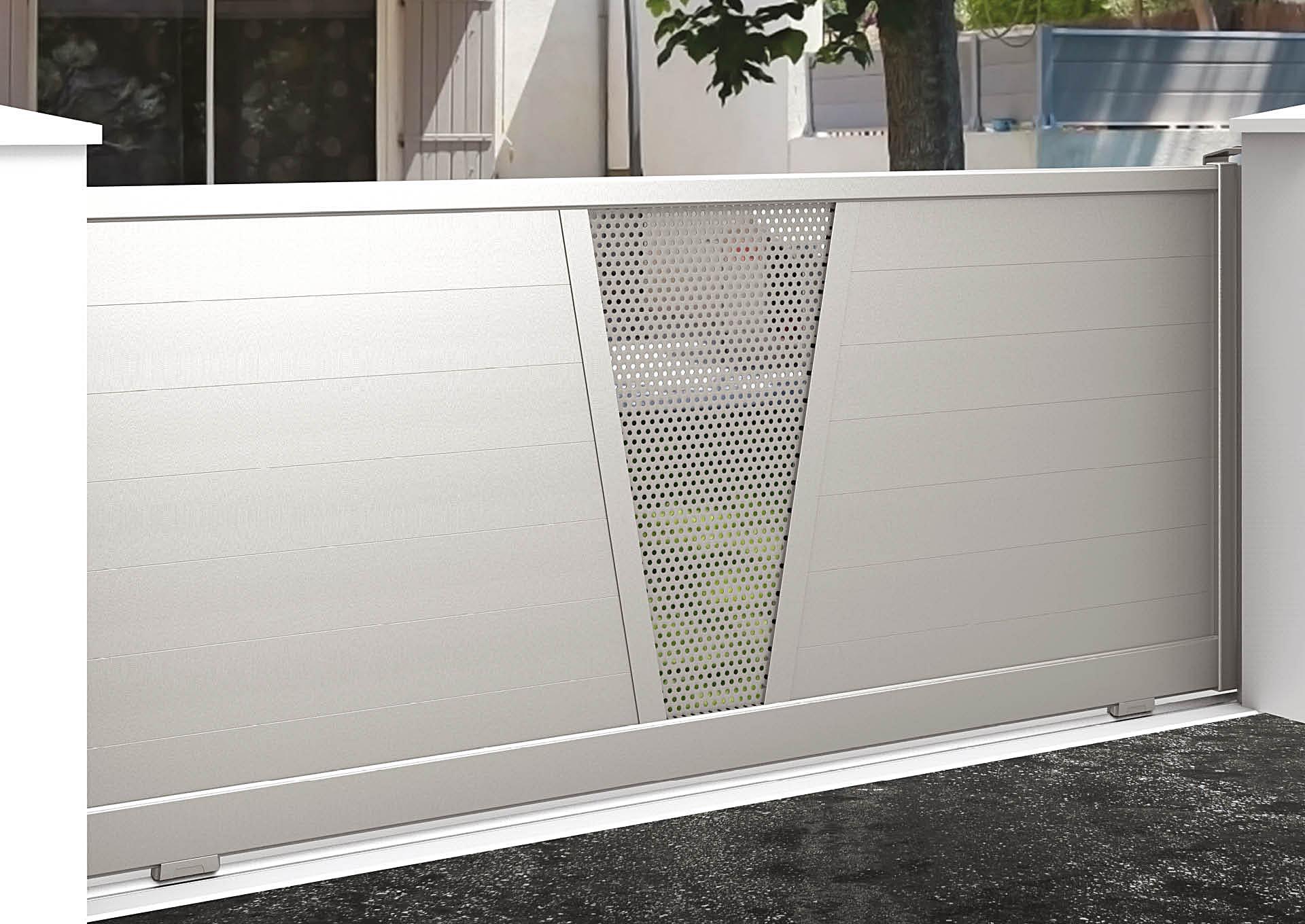Portail coulissant 9050_C1_P2TP Lames horizontales 200 mm + décor tôle perforée Ø6 mm
