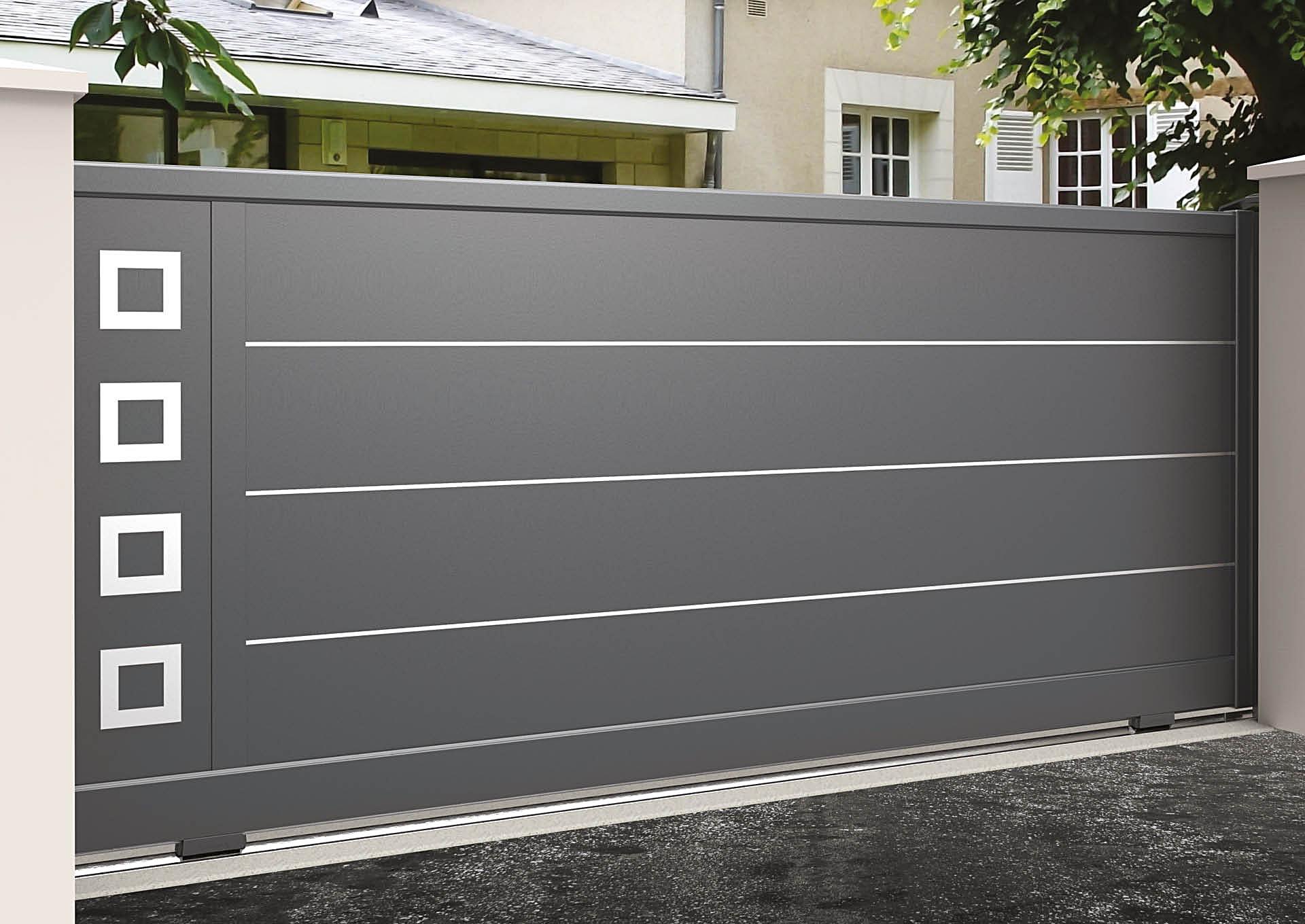 Portail coulissant aluminium Lames horizontales 340 mm + liserés avec décor alu brossé Carrés creux