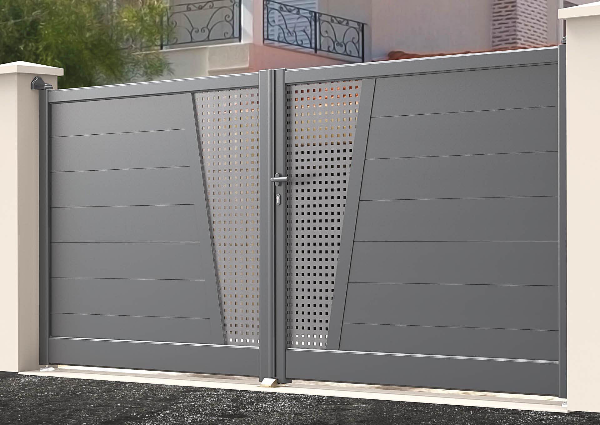 Portail battant en aluminium Lames horizontales 200 mm + décor style inox