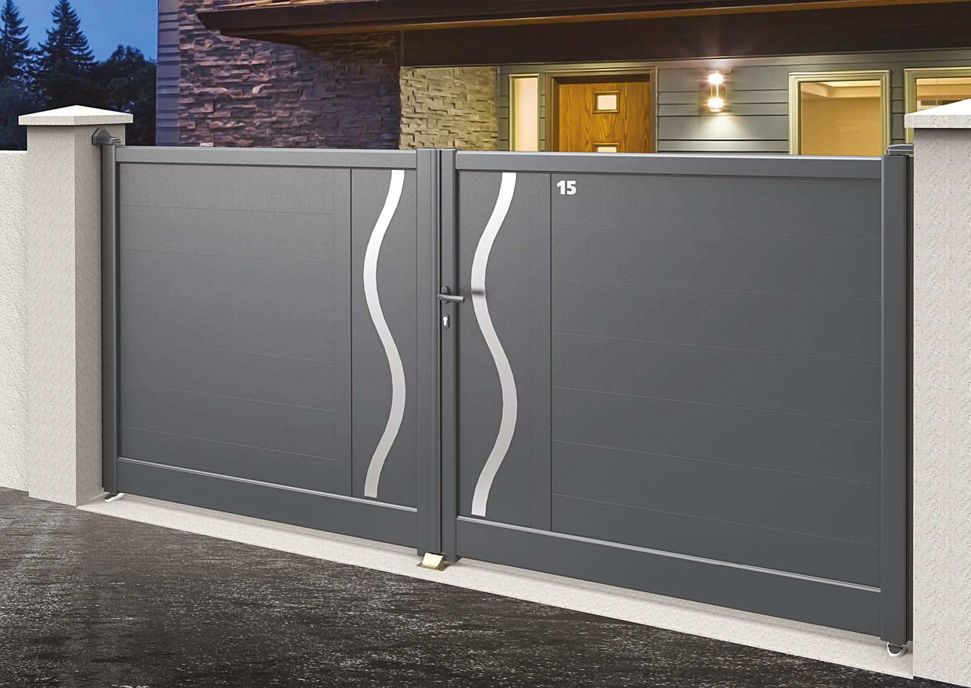 Portail battant en aluminium 9104_B_P2DA Lames horizontales 200mm + décor alu brossé Ondulation